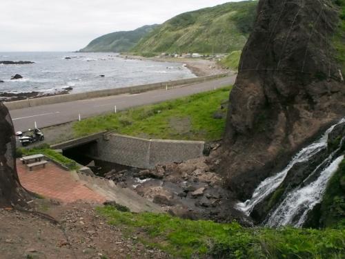 七ツ滝から海