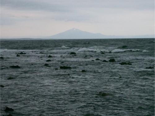 小泊半島から岩木山